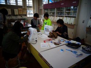 婦人子供服製作
