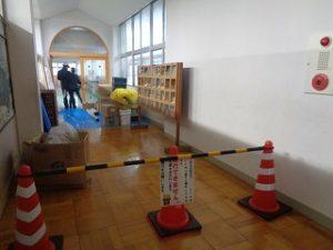 2階渡り廊下の工事開始