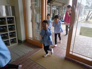 幼稚園も「おはしも」で避難