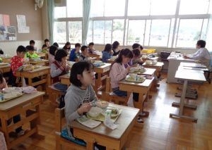 5年生の給食の様子